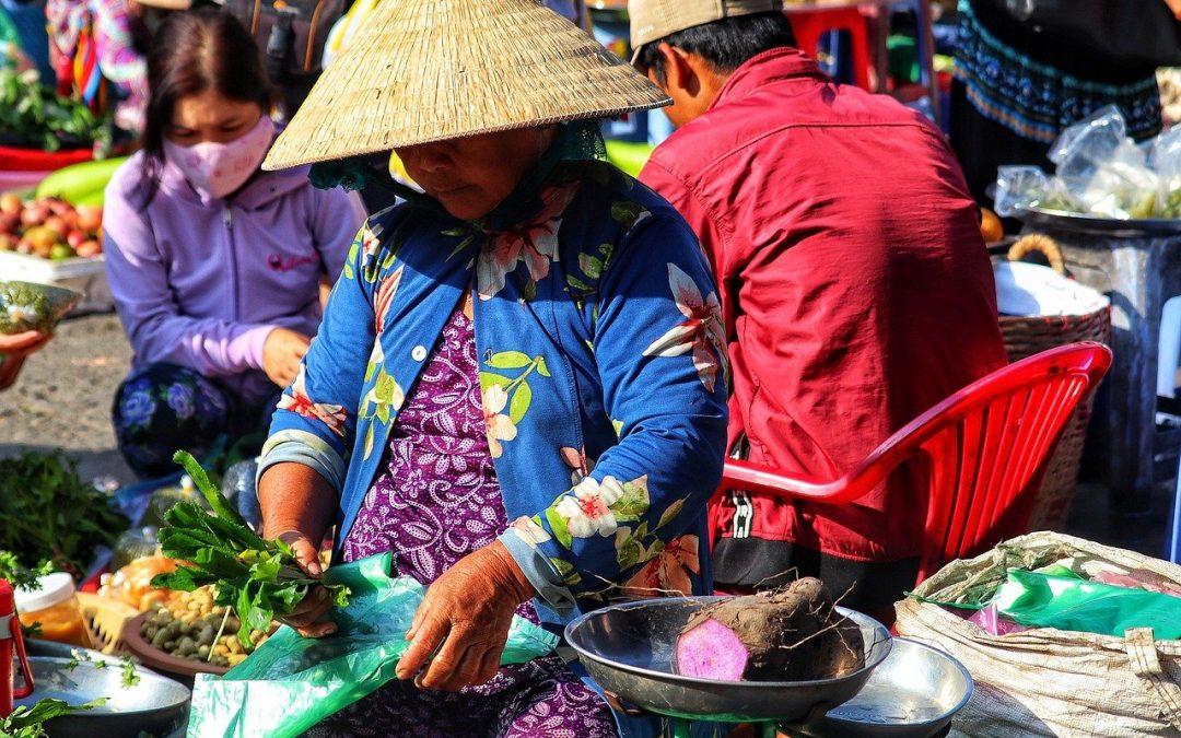Budaya Baru Bermasker dan Go Digital di Pasar Rakyat, Satukan Keberagaman!